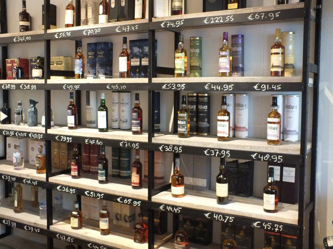 wijnstellingen bottles barrels